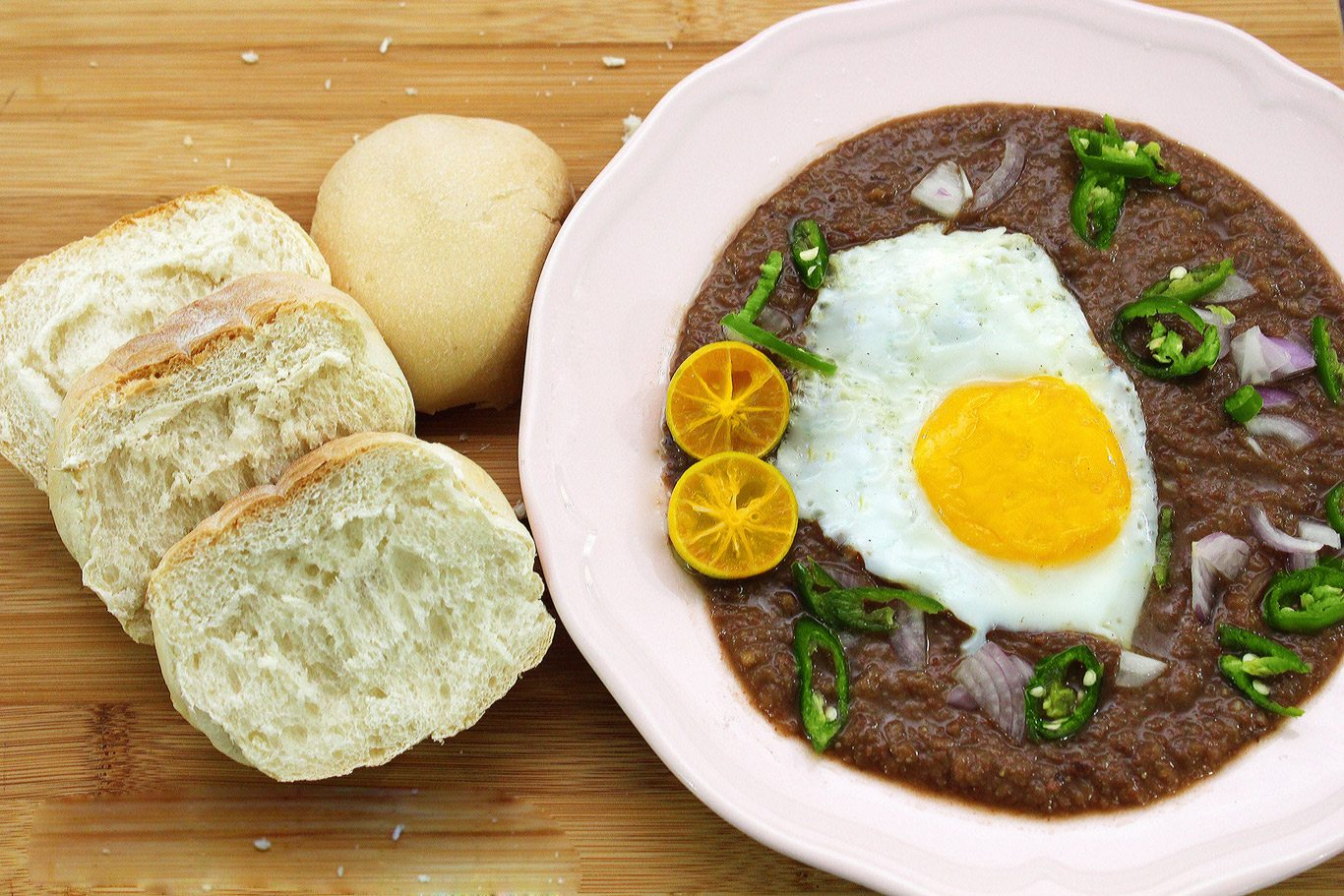 Kacang Pool with loaf bread :)