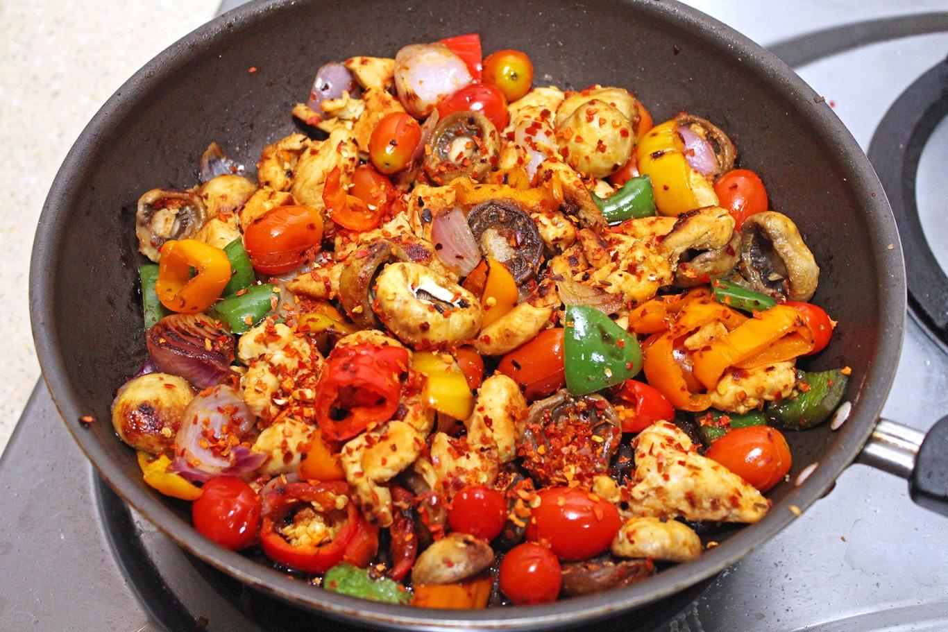 Easy Chicken Stir Fry - Maya Kitchenette