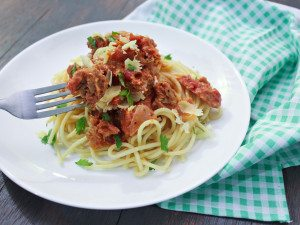 Pasta with Tuna and Tomato Cream Sauce