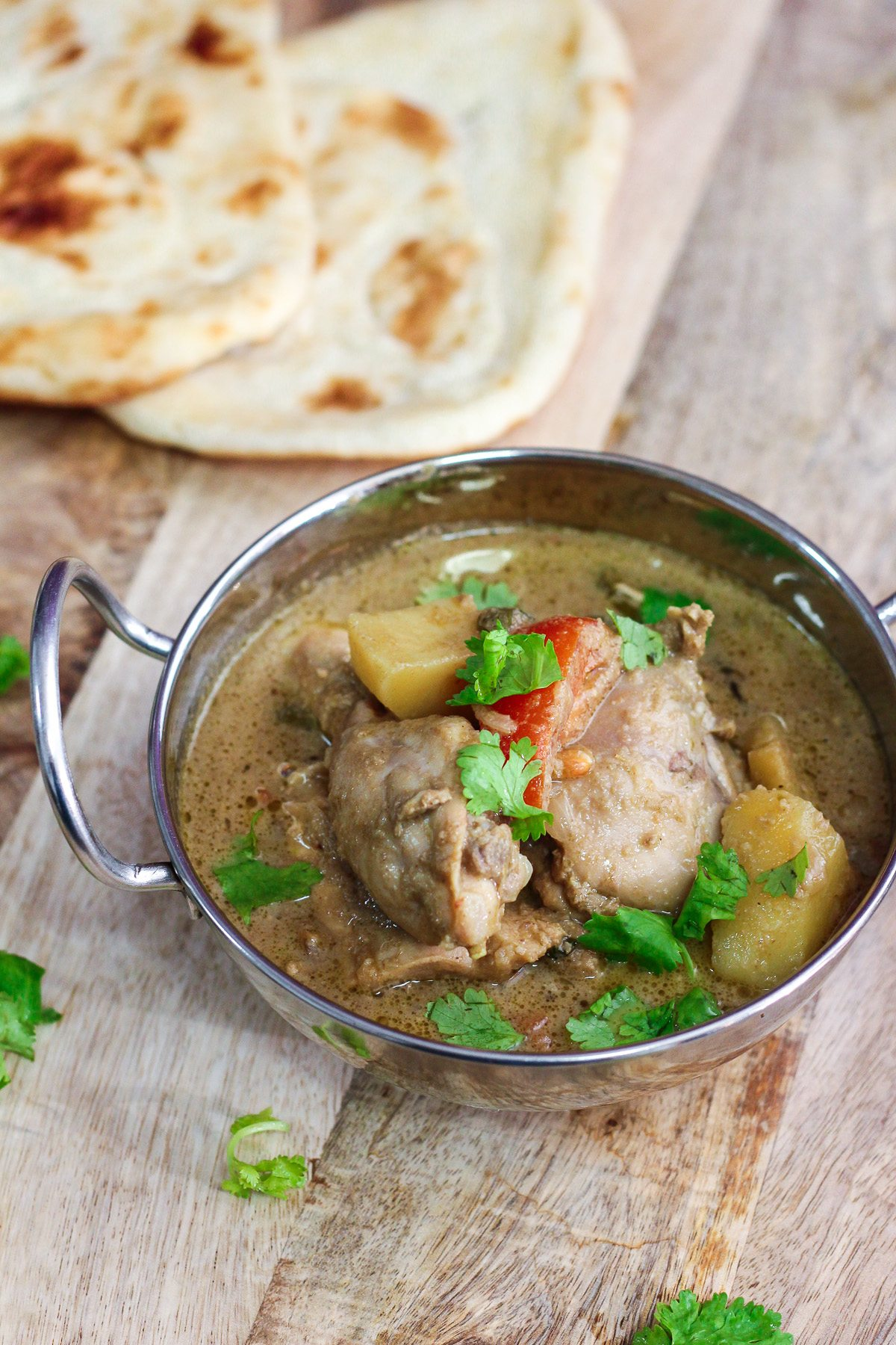 Chicken korma recipe maya kitchenette chicken korma recipe a lot of people are intimidated to give indian dishes a try reason is indian dishes mostly require a long list of ingredients and forumfinder Gallery