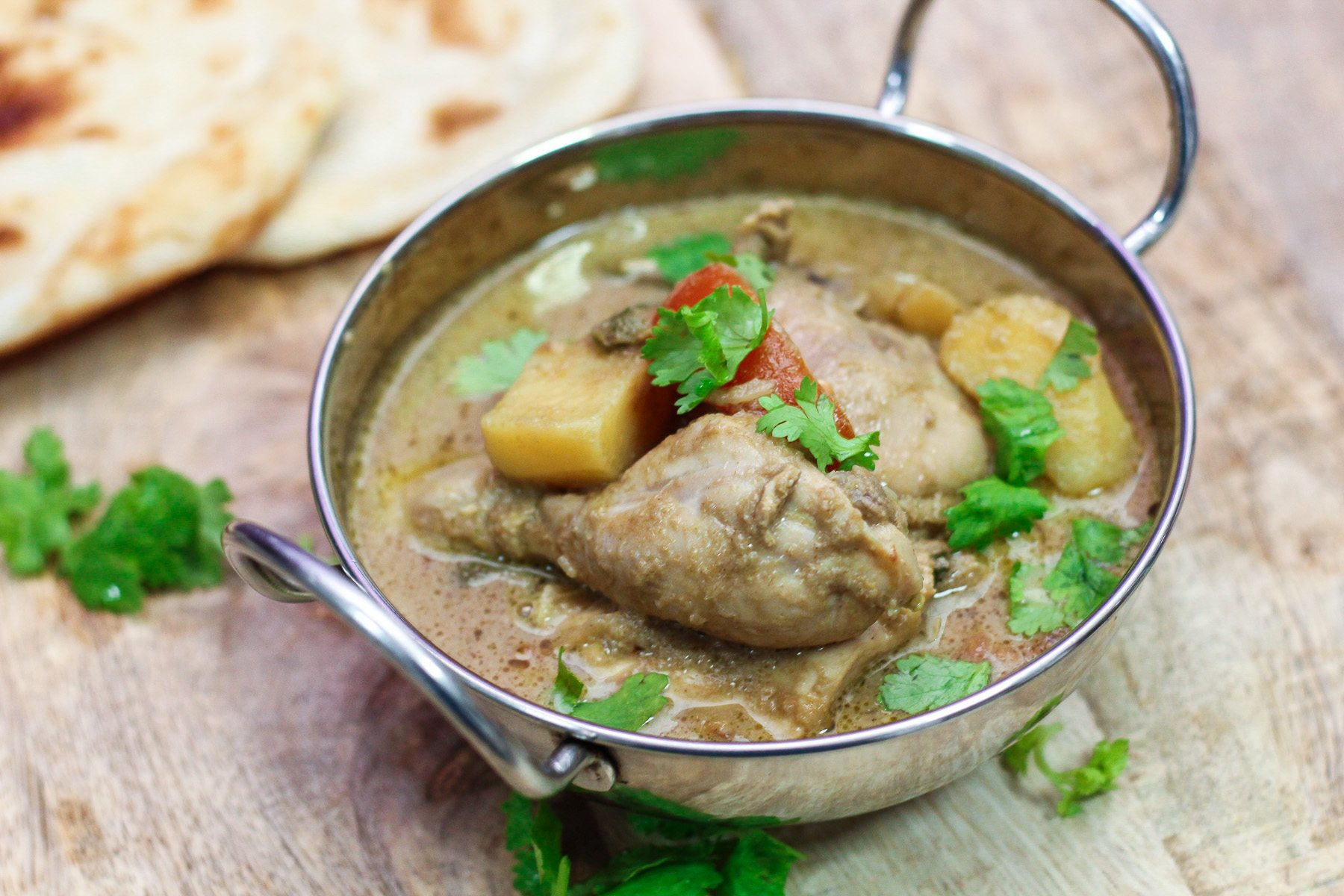 Chicken korma recipe maya kitchenette chicken korma recipe this recipe can also be used for lamb or beef best of all you can prepare this in a slow cooker and while you are at it forumfinder Gallery