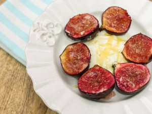 Honey Roasted Figs with Greek Yogurt