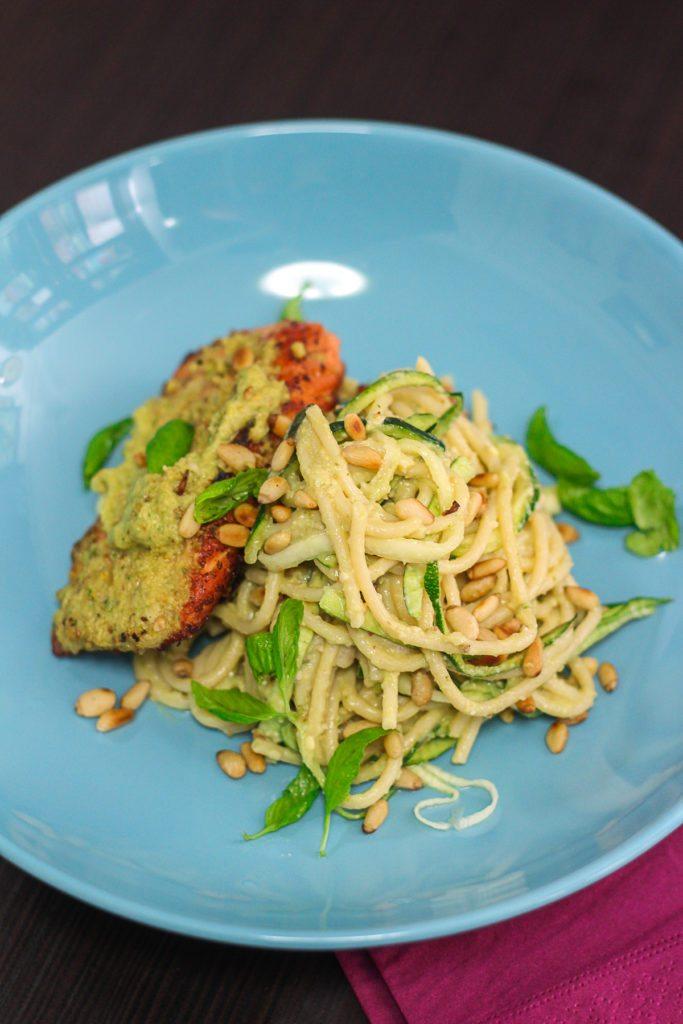 Delicious Pesto Spagetti with Seared Salmon
