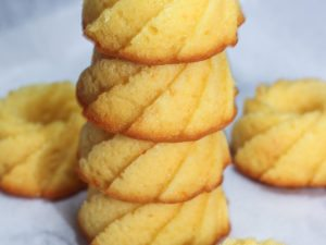 Mini Orange Cakes