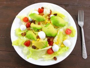 fresh-mozzarella-and-avocado-salad