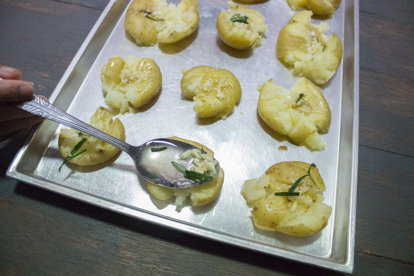 Garlic and Rosemary Smashed Potatoes-1-4