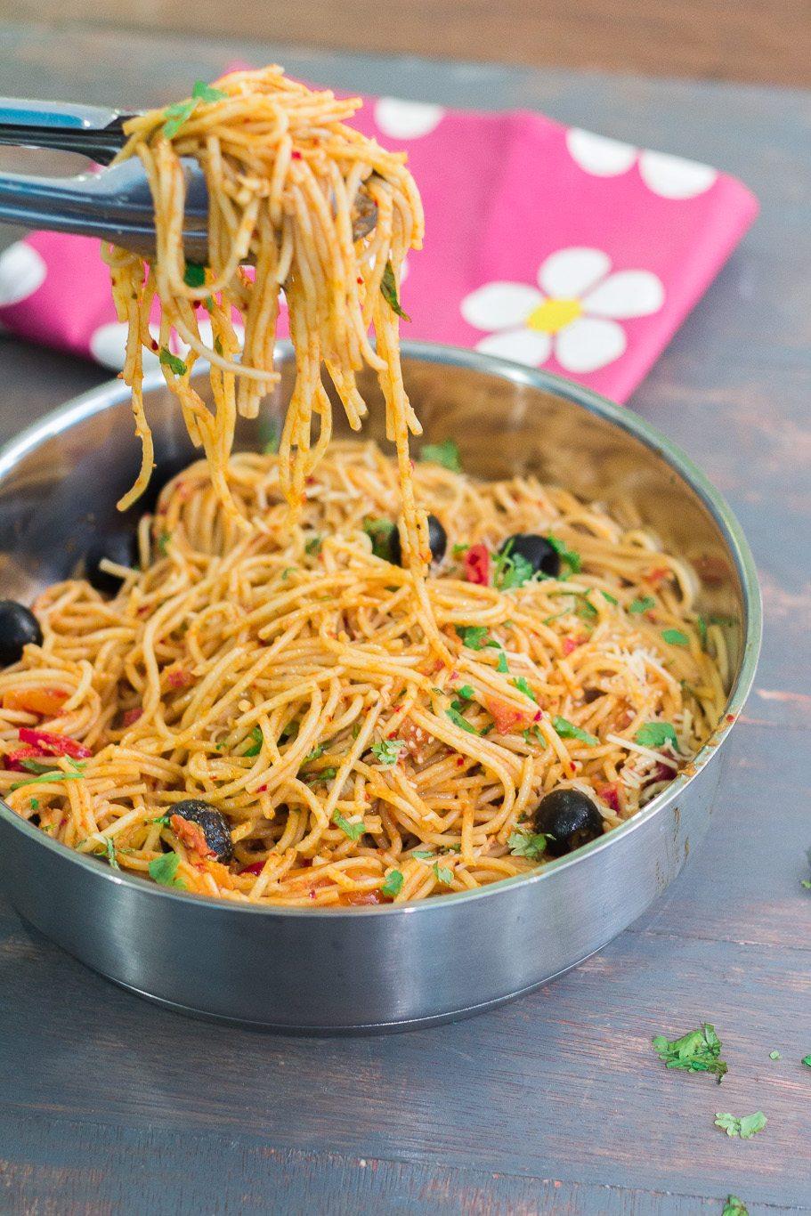 Spaghetti alla Puttanesca - Maya Kitchenette