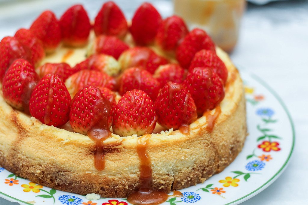 Strawberry Cheesecake with Salted Caramel