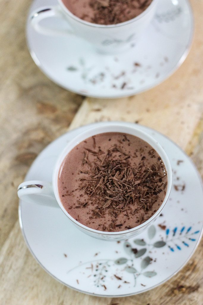 Chocolate Overnight Oatmeal Smoothie
