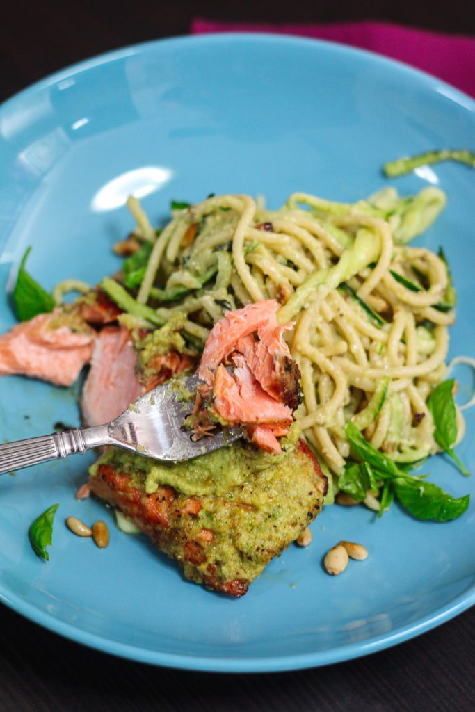 Delicious Pesto Spaghetti with Seared Salmon