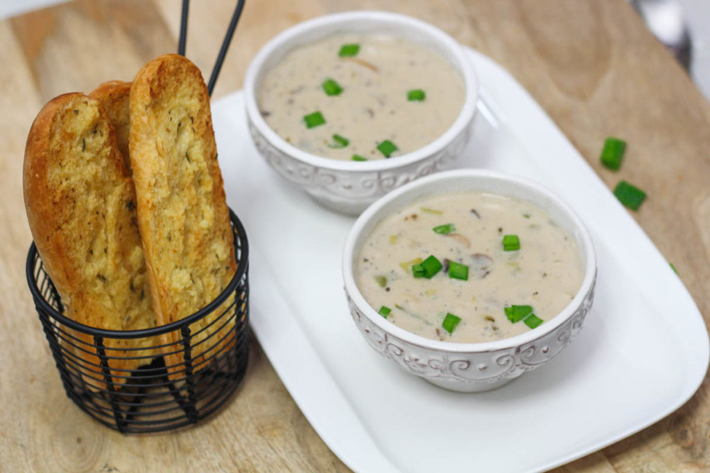 Creamy Mushroom and Leek Soup